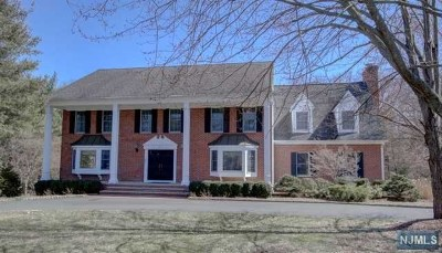 Franklin Lakes Single Family Home For Sale: 507 Hampton Hill Road