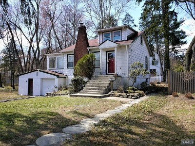 Closter Single Family Home For Sale: 38 Brook Street