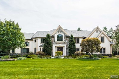 Franklin Lakes Single Family Home For Sale: 322 Water View Drive