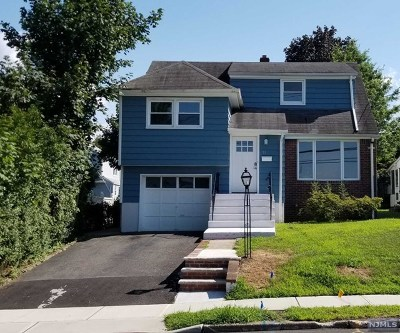 Bergenfield Single Family Home For Sale: 58 River Edge Road