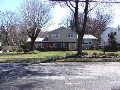 Closter Single Family Home For Sale: 85 Taylor Drive