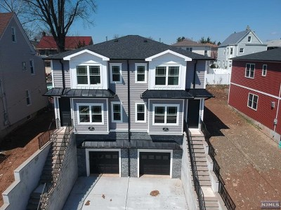 East Rutherford Single Family Home For Sale: 29 Prospect Terrace