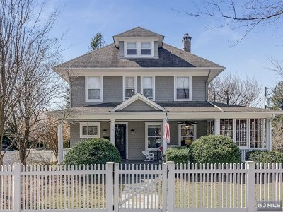 Ridgewood Single Family Home For Sale: 97 Washington Place