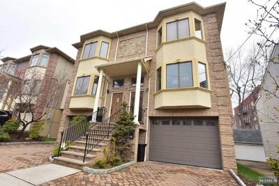 Cliffside Park Condo/Townhouse For Sale: 271 Grant Avenue #C0271