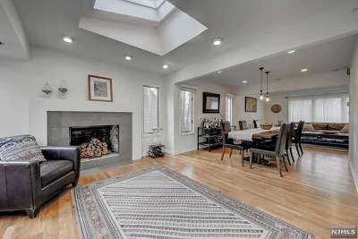 Tenafly Single Family Home For Sale: 46 Willow Lane