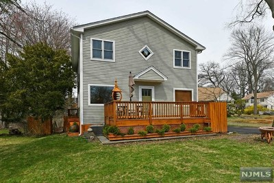 New Milford Single Family Home For Sale: 271 Voorhis Avenue