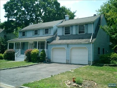 Demarest Single Family Home For Sale: 48 Highland Avenue