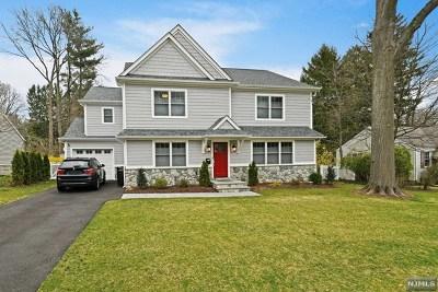 Ridgewood Single Family Home For Sale: 621 Alanon Road