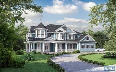 Upper Saddle River Single Family Home For Sale: 3 Heather Court