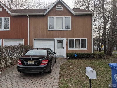 Englewood Condo/Townhouse For Sale: 1 Devika Drive