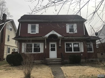Englewood Single Family Home For Sale: 306 Rosemont Place