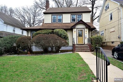 Teaneck Single Family Home For Sale: 188 Griggs Avenue