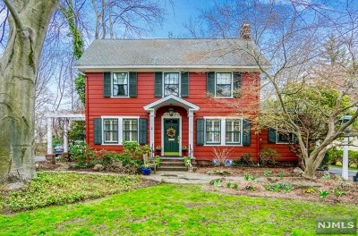 Glen Rock Single Family Home For Sale: 33 Emerson Road