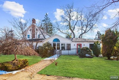 Teaneck Single Family Home For Sale: 630 Queen Anne Road