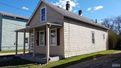 Little Ferry Single Family Home For Sale: 59 Marshall Avenue