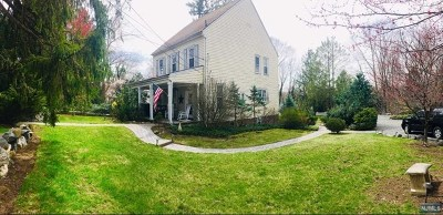Woodcliff Lake Single Family Home For Sale: 43 Ruckman Road