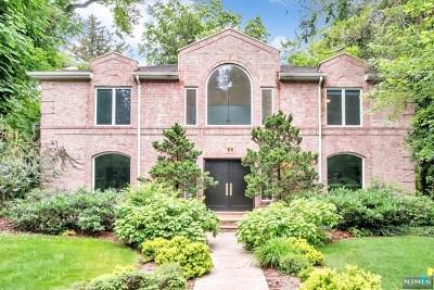 Tenafly Single Family Home For Sale: 30 Creston Avenue