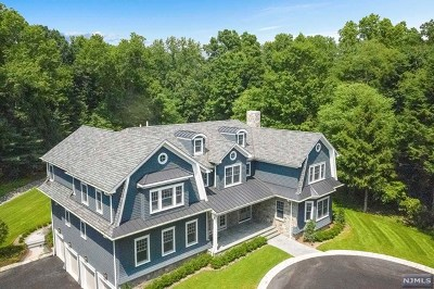 Saddle River Single Family Home For Sale: 8 Kenwood Road
