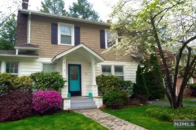 Ramsey Single Family Home For Sale: 107 Maple Street