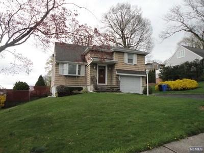 Paramus NJ Single Family Home For Sale: $539,000