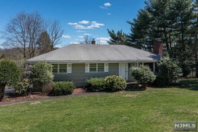 Wyckoff Single Family Home For Sale: 508 Franklin Terrace