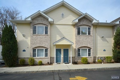 Saddle Brook NJ Condo/Townhouse For Sale: $245,000
