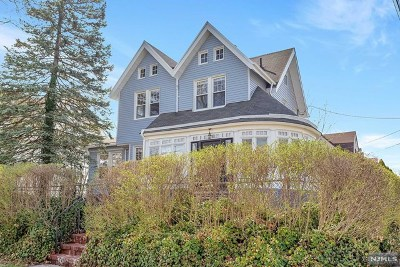 Ridgefield Park Single Family Home For Sale: 262 Euclid Avenue