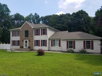 West Milford Single Family Home For Sale: 106 Henderson Road