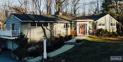 Upper Saddle River Single Family Home For Sale: 45 Brookside Drive