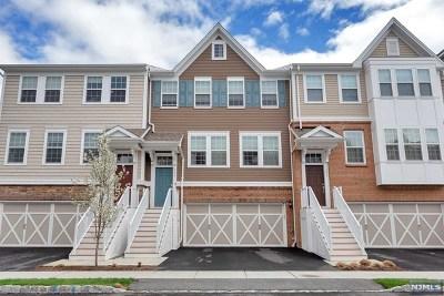 Cresskill Condo/Townhouse For Sale: 502 Laurel Avenue #502