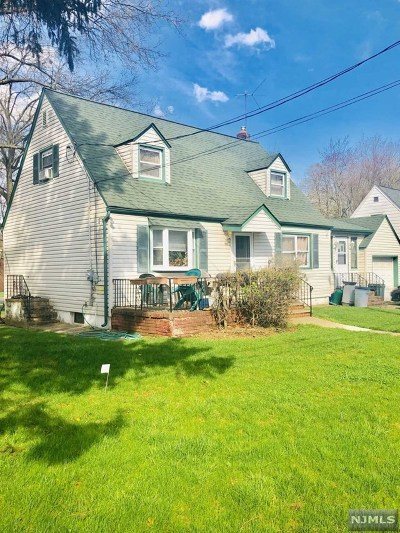 Teaneck Single Family Home For Sale: 155 Liberty Road