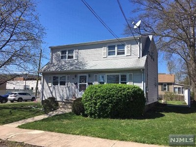 Hawthorne Multi Family 2-4 For Sale: 237 Rea Avenue
