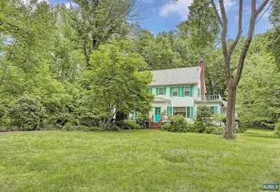 Englewood Single Family Home For Sale: 115 Jones Road