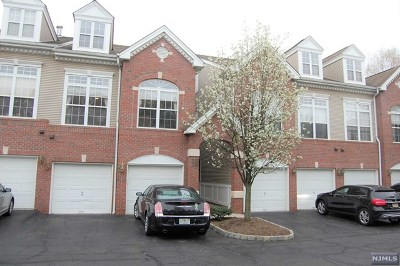 Clifton Condo/Townhouse For Sale: 255 Riverwalk Way