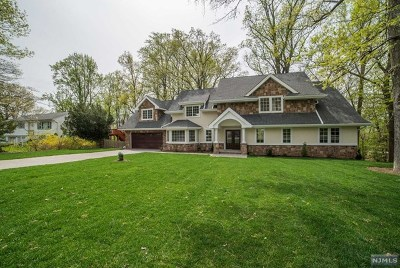 Wayne Single Family Home For Sale: 18 Toms Lake Road
