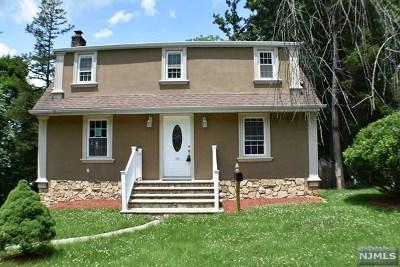Wayne Single Family Home For Sale: 10 Summit Drive