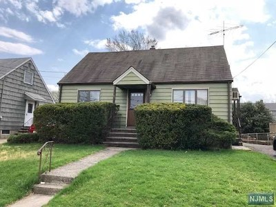 Passaic County Single Family Home For Sale: 53 Warren Street