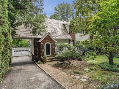 Essex County Single Family Home For Sale: 440 North Ridgewood Road