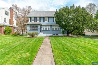 Essex County Single Family Home For Sale: 144 Glenwood Avenue