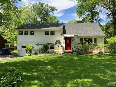 Englewood Single Family Home For Sale: 381 West Hudson Avenue