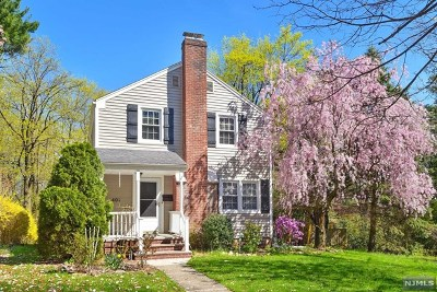Ridgewood Single Family Home For Sale: 401 Upper Boulevard