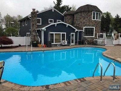 Little Falls Single Family Home For Sale: 162 Kingwood Drive
