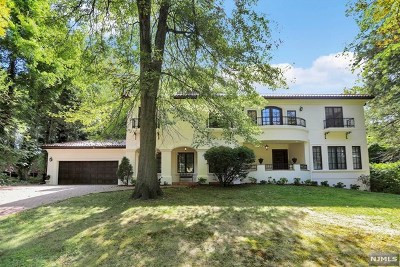 Englewood Single Family Home For Sale: 285 Arch Road