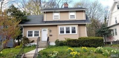 Leonia Single Family Home For Sale: 127 Highwood Avenue