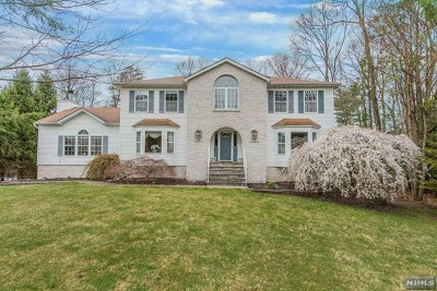 West Milford Single Family Home For Sale: 15 Orleans Lane