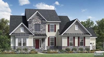 Mahwah Single Family Home For Sale: Roxbury Road