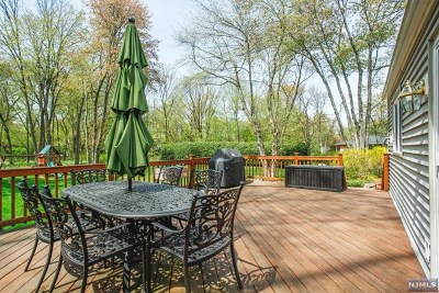 Wyckoff Single Family Home For Sale: 309 Crescent Avenue