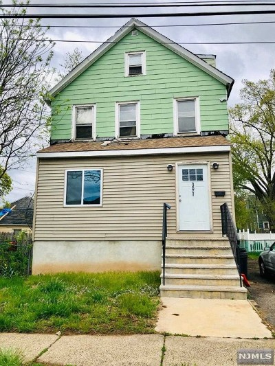 Teaneck Single Family Home For Sale: 391 Thomas Street