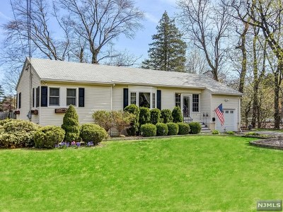 Glen Rock Single Family Home For Sale: 2 Marinus Place