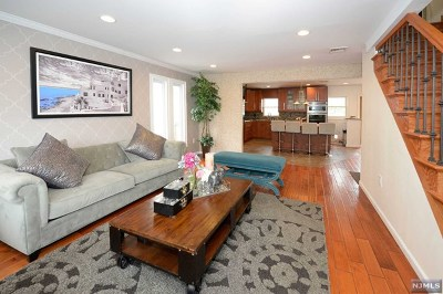North Bergen NJ Single Family Home For Sale: $499,999